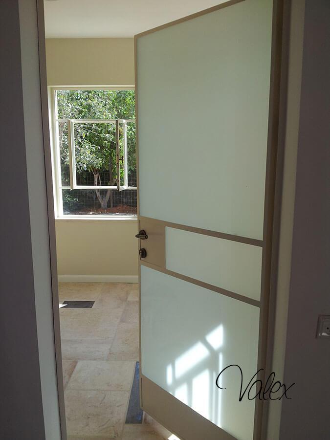 דלת בלגי ברזל