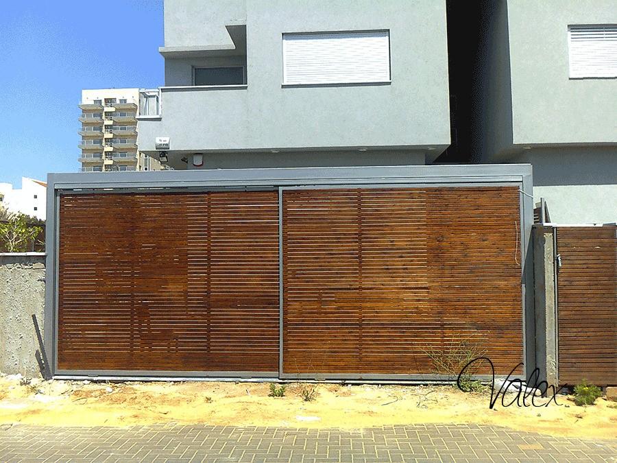 שערים שילוב עץ