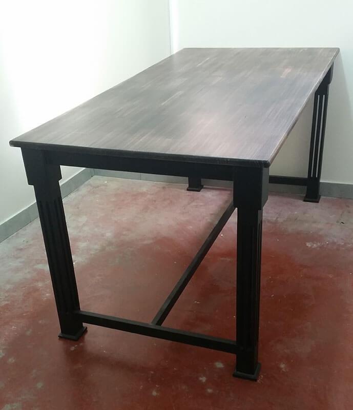 שולחן סלון ברזל