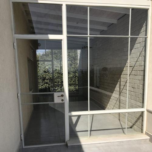 ויטרינה חלון בלגי עם זכוכית 3X3