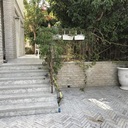 גדר קטנה לגינה