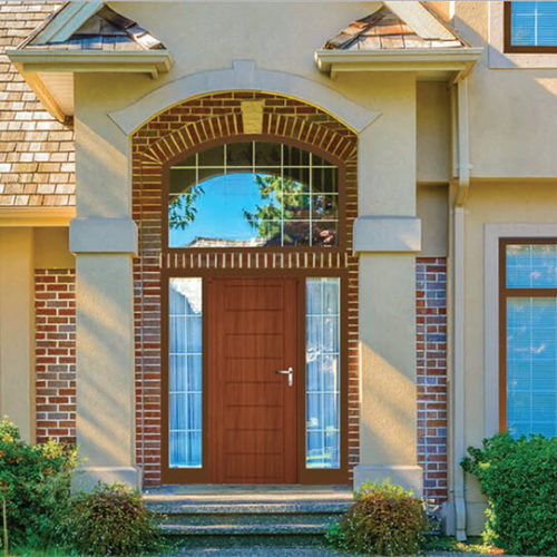 כניסה לבית עץ חלונות ודלתות עץ