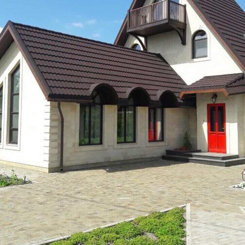 בית שלם חלונות ודלתות עץ