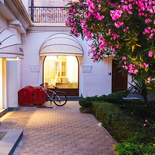 דלתות עץ לכניסה לבית