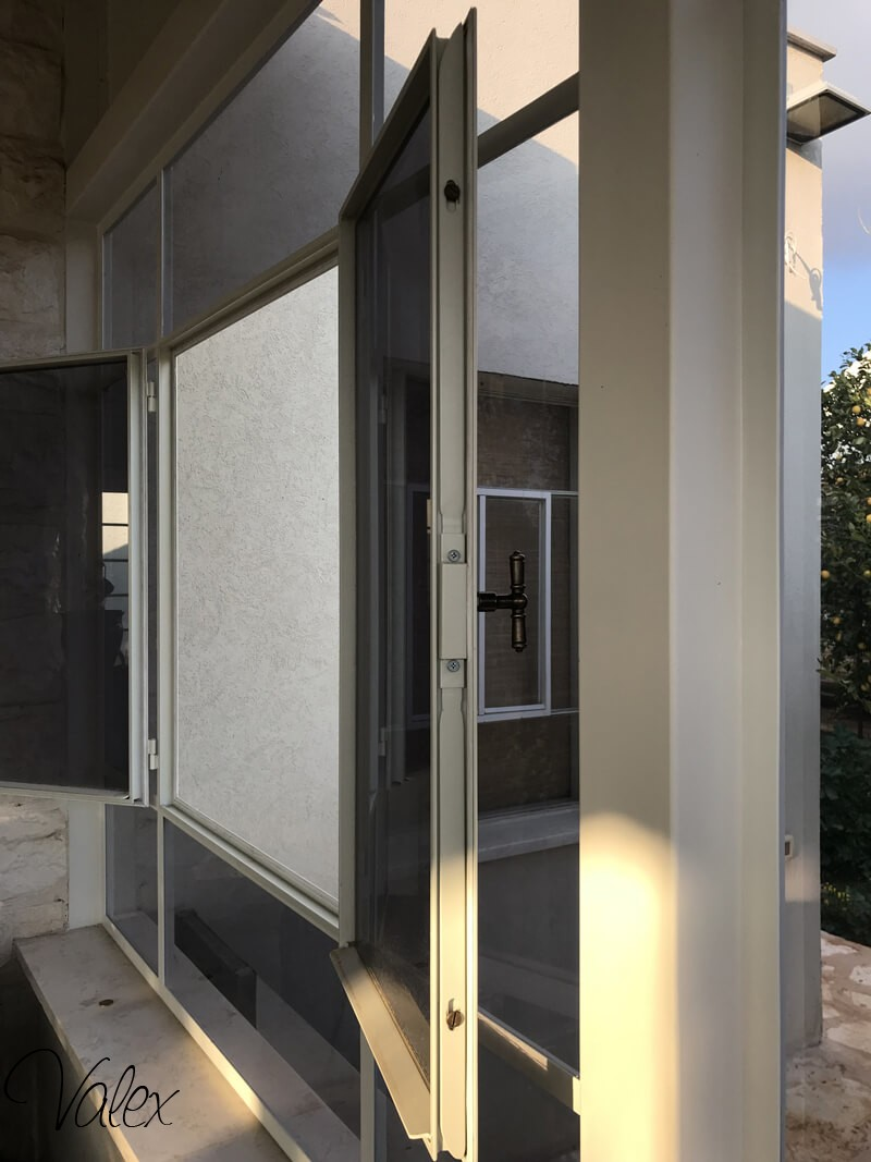 חלונות בלגיים במרכז W-31