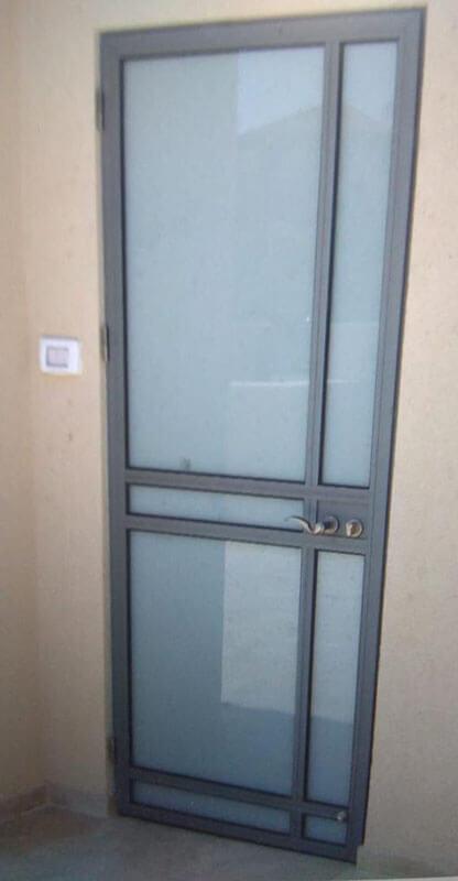 דלת בלגית אלומיניום
