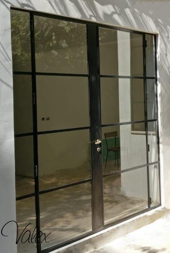 דלת בלגית שחור מט 24