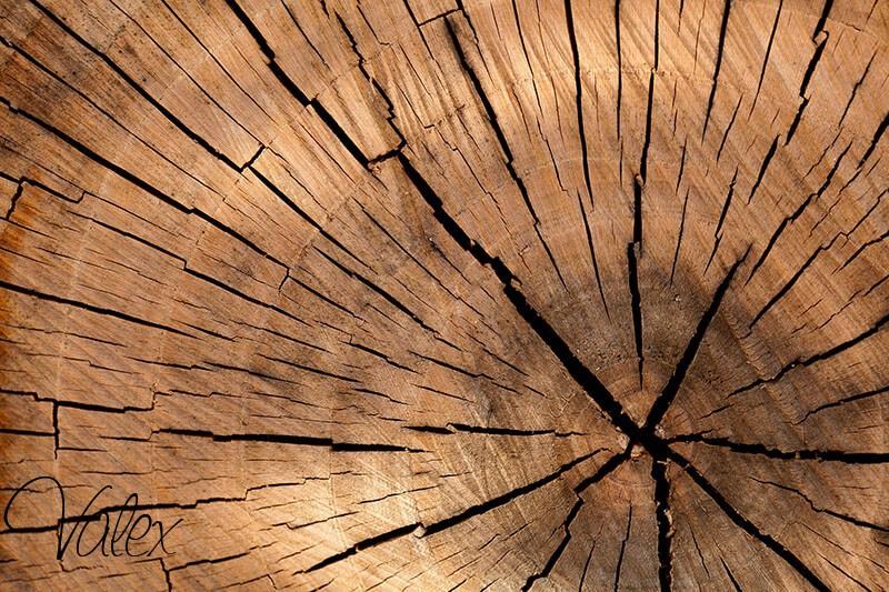 מעקות מעץ