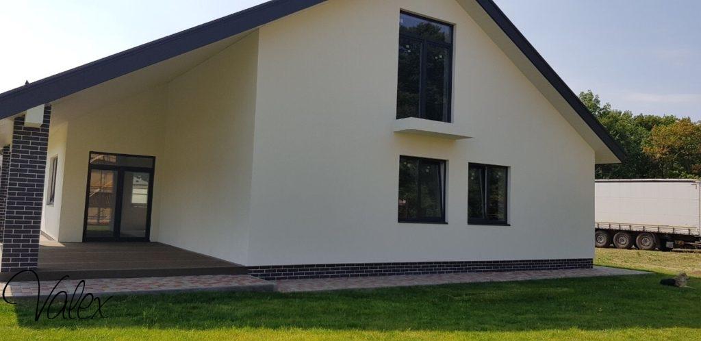 5 רעיונות לעיצוב ייחודי של חלונות עץ