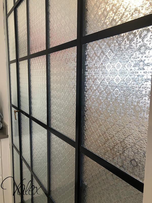 חלונות בלגיים עם זכוכית סבתא