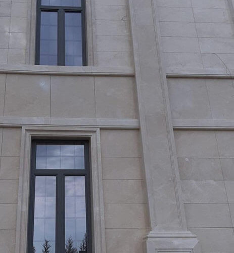 חלונות עץ אלומיום לשווהת חומרים