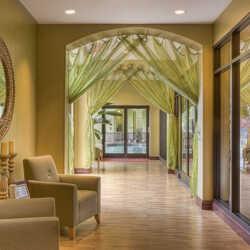 חלונות עץ עשויים אורן