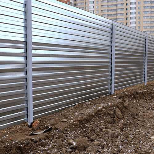 בניית גדרות לגינה